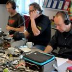 Lars, Jos och Herman lyssnar efter pirater